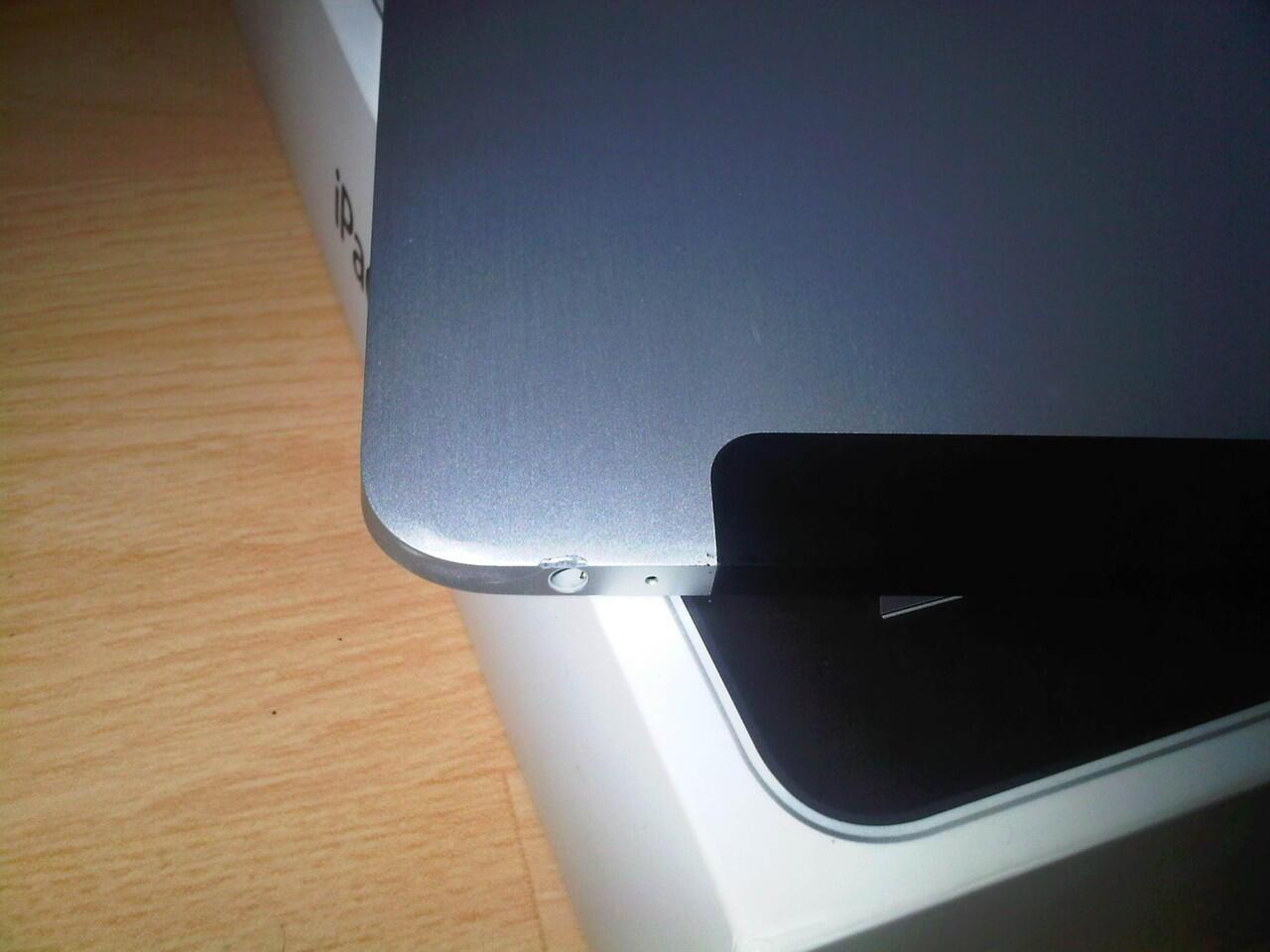 JUAL IPAD1 64GB WIFI 3G SECOND (BLACK)