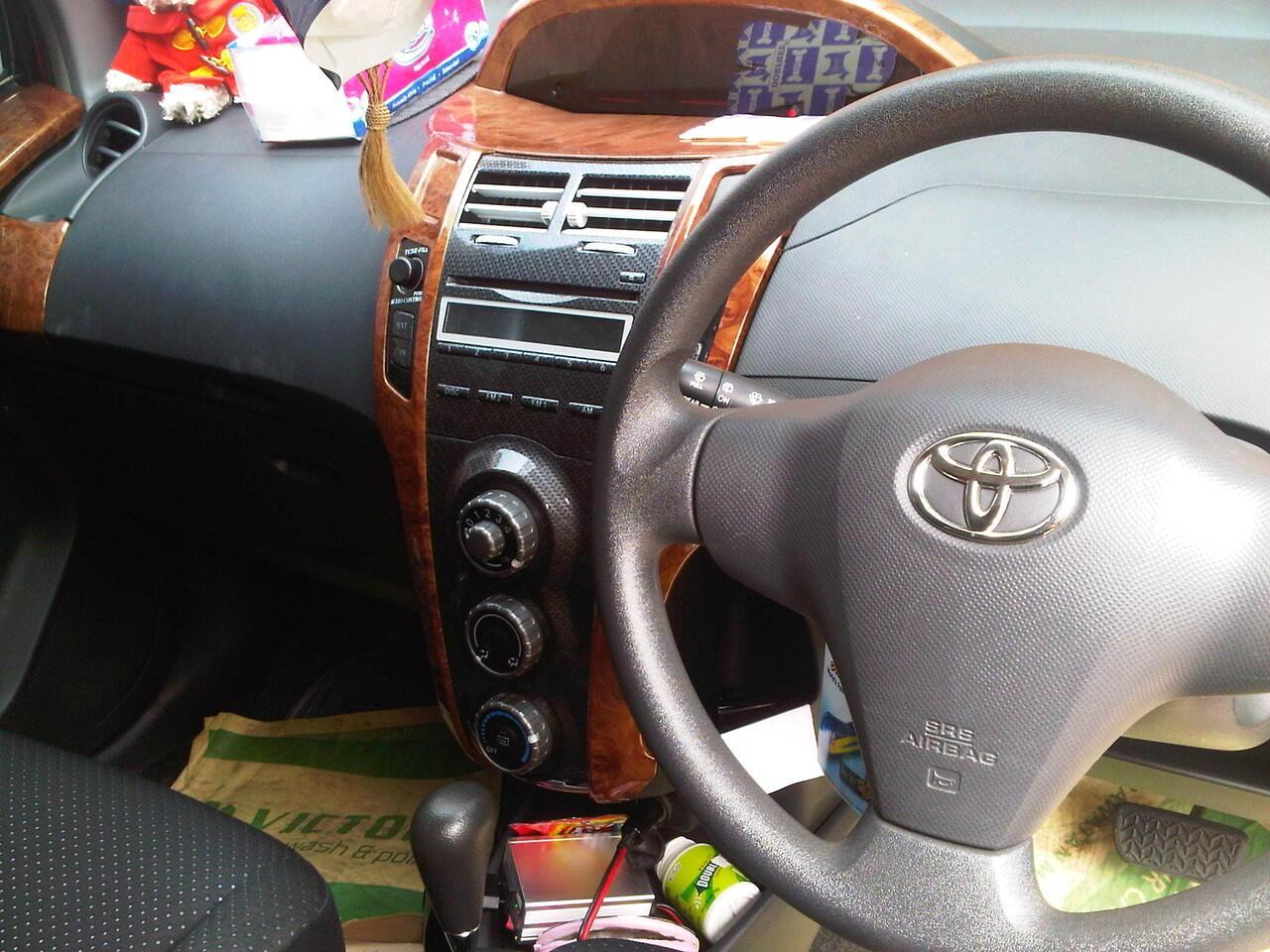 Dijual Toyota Yaris 08 tipe E A/T