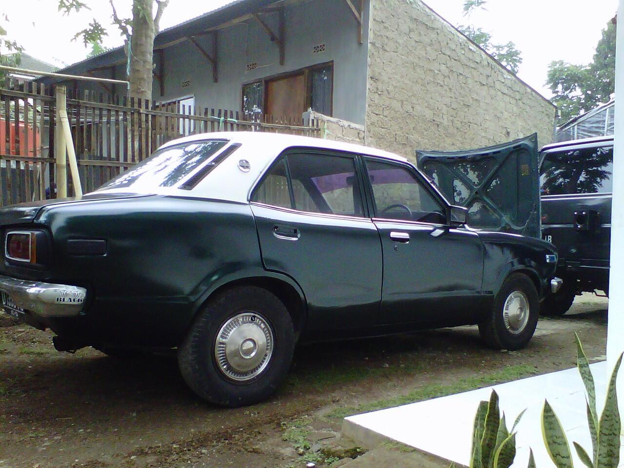 Mazda 808 1976, Bandung