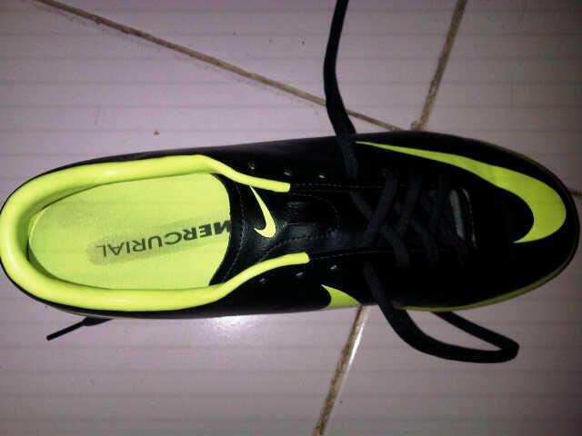 Jual sepatu futsal nike mercurial seaweed size 43 ORI. mulusss