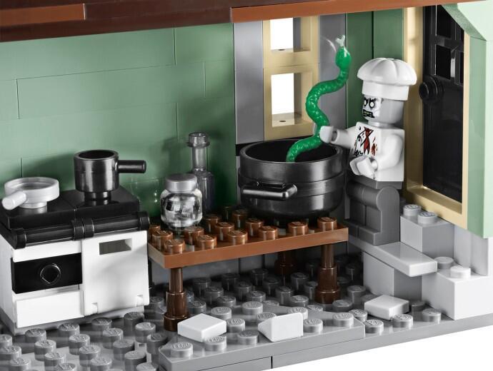 Jual Lego Haunted House