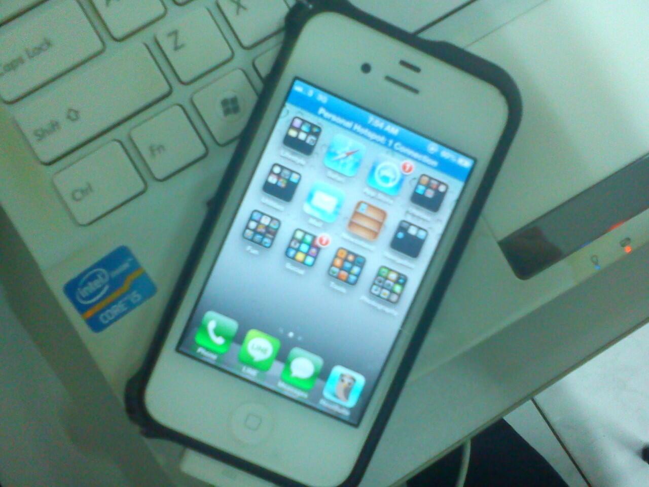 iPhone 4 32GB GSM White FU FULLSET + BONUS ++