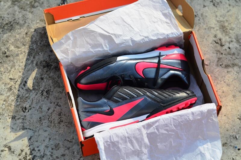 Sepatu Futsal Nike T90 Shoot IV Turf 100% ori