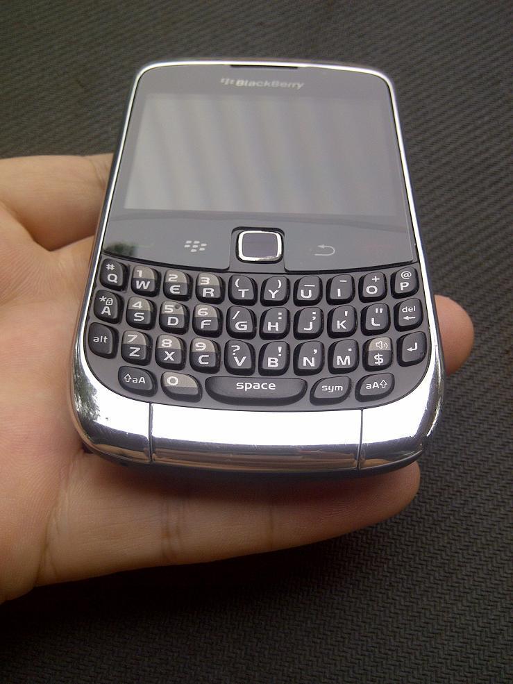 WTS : BB Gemini 3G 9300 Warna Chrome Garansi TAM
