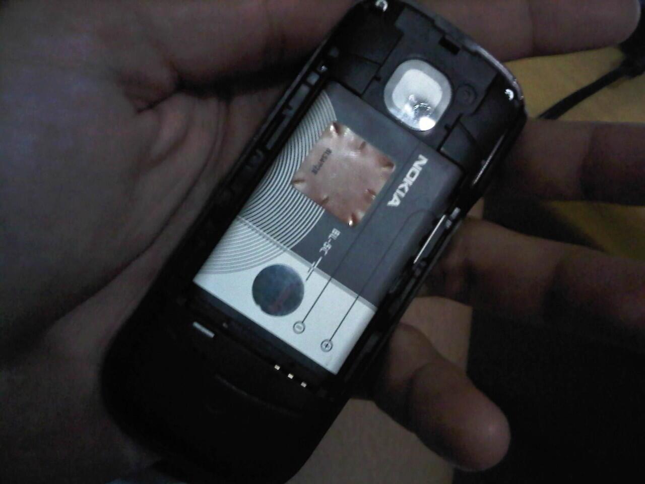 Nokia 2330. Best offer, kondisi baik!