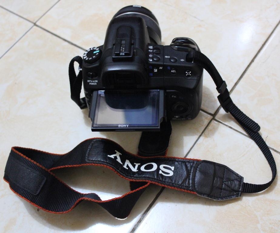 Nikon d80 + Lensa + speedlite + batry 3 buah murah aja