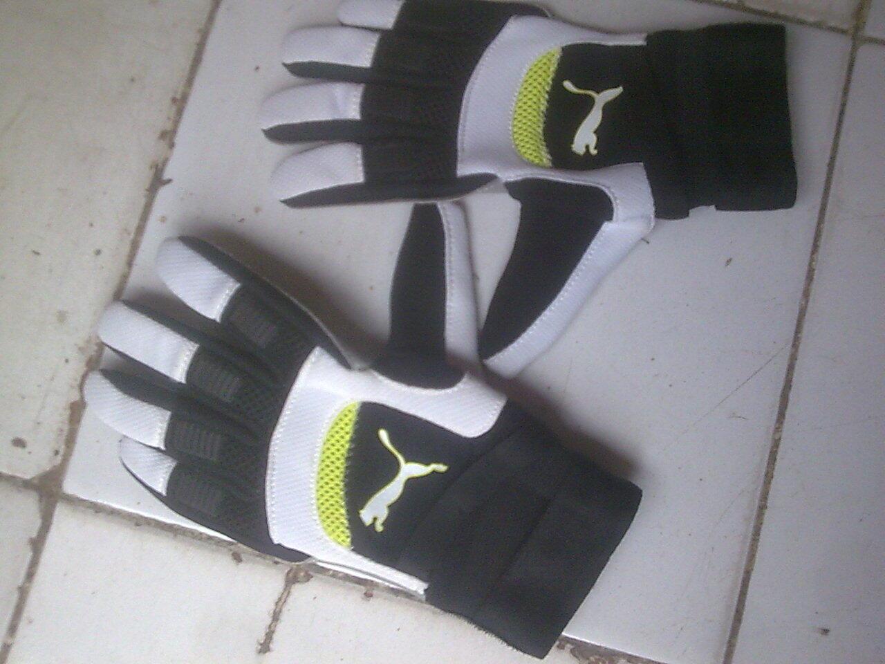 [Sarung Tangan] Puma Powercat 1.10 Futsal Glovsize 10