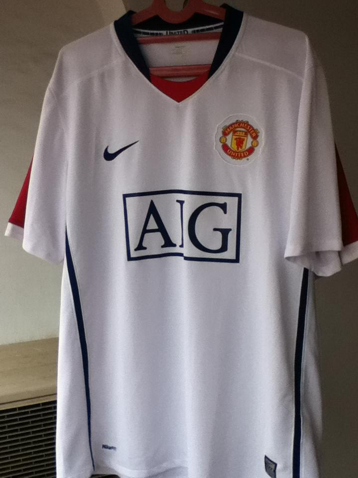 Jersey Original Manchester United (second dan murah)