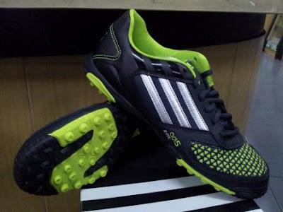 Jual Adidas Predator !!! ORIGINAL !!!