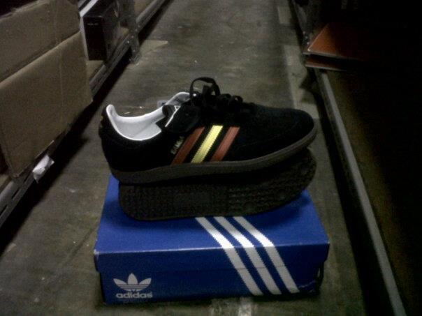 JUAL sepatu ADIDAS SAMBA (ORIGINAL) !!