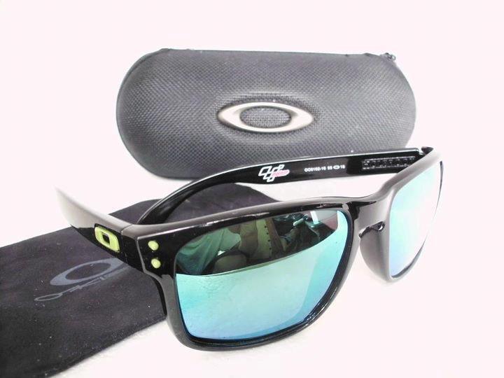 Kacamata/Sunglasses Oakley 98% Like Original dengan Harga Terjangkau