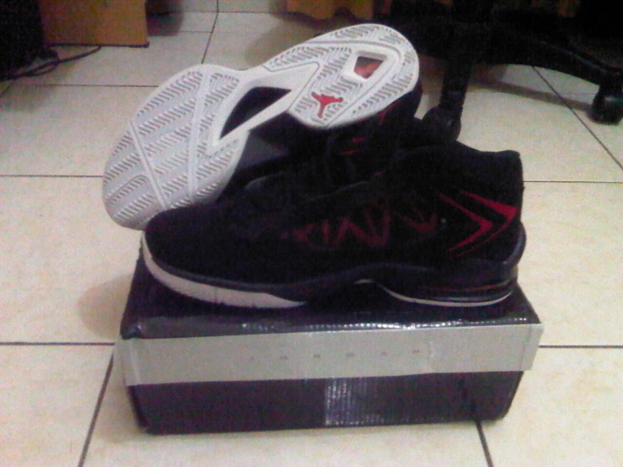 wts sepatu basket replika murmer Bandung