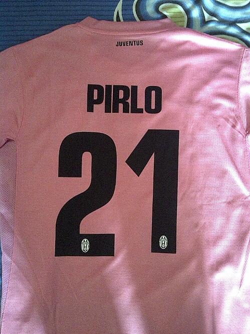 jersey juventus 3rd / third 2012 - 2013 grade ori reject pink #21 pirlo size M