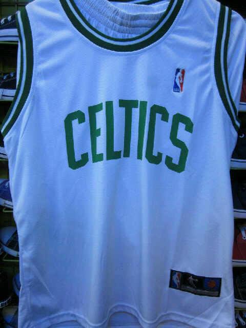 Celana Basket Impor merk Adidas