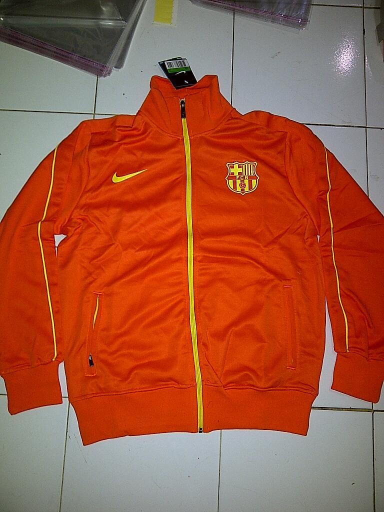 Jaket Club KW maupun ORI MURAH!!!