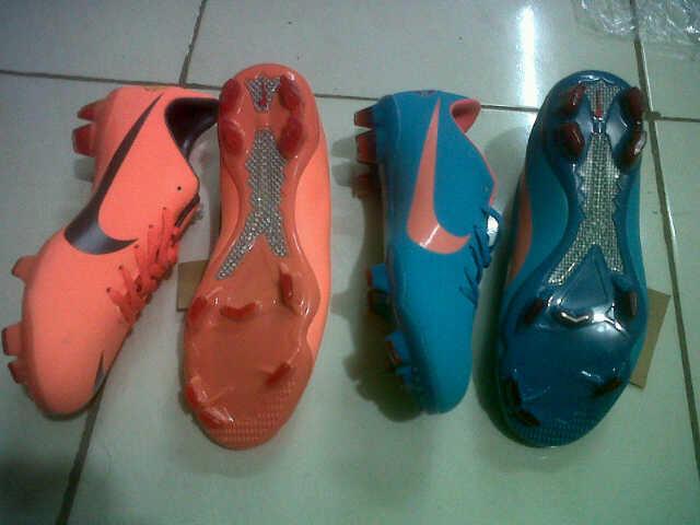 Adidas adipro11 kw import