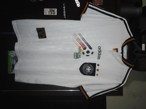JUAL JERSEY JERMAN 1996 Original dan jersey Jerman 2012 kw grade ori murah