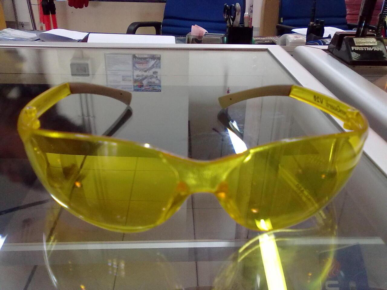 Kacamata Kimberley ~ Depok