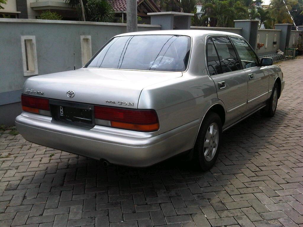 Toyota Crown 2.0i Super Saloon 1993 Silver Mulus Siap Pakai