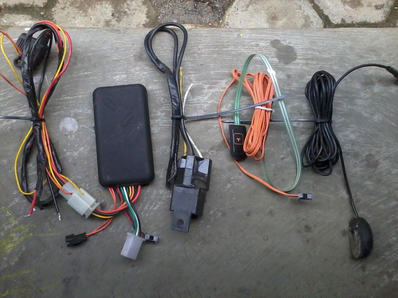 JUAL 2ND GPS TRACKER GT 06 MURAH(500RB)