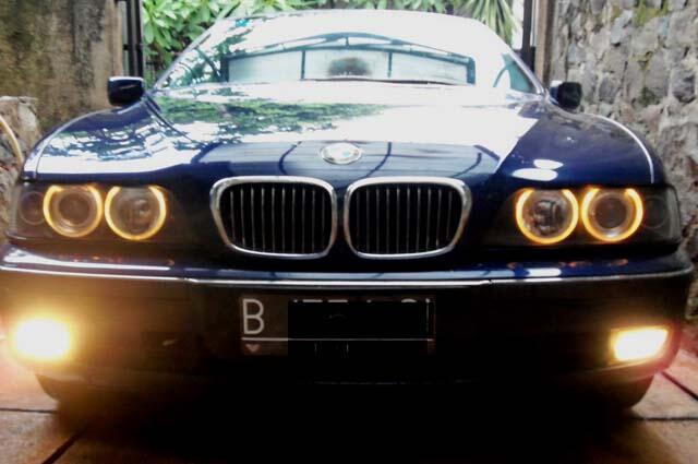 BMW 528i E39 Mauritius Blue 1997 Mulus dan Terawat amat baik