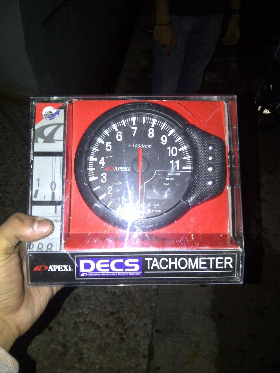 FS Apexi Decs Tachometer