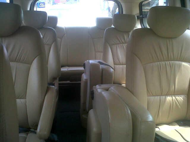 Dijual : hyundai H1 2008 a/t hitam
