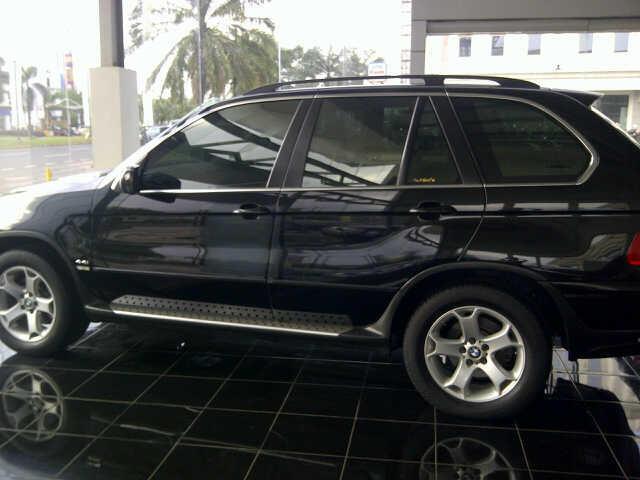 BMW X5 4400cc '04 rear item