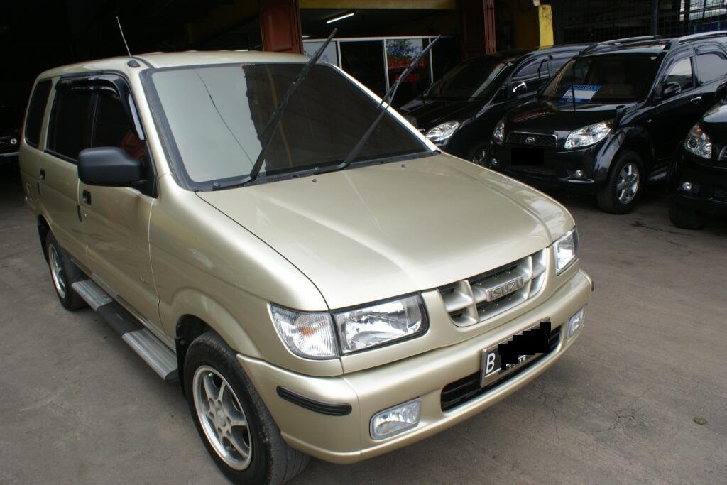 Isuzu Panther LS MT 2000