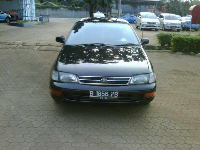 Corona abs 1.600 cc tahun 1994 hitam irit dan nyaman
