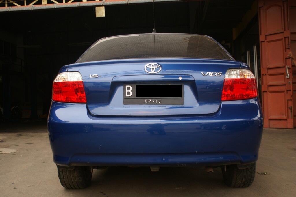 Toyota Vios E MT 2003