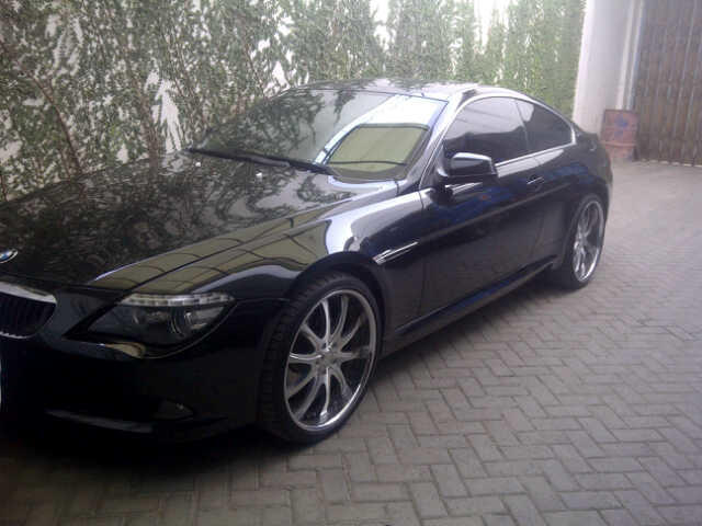 BMW 630i COUPE
