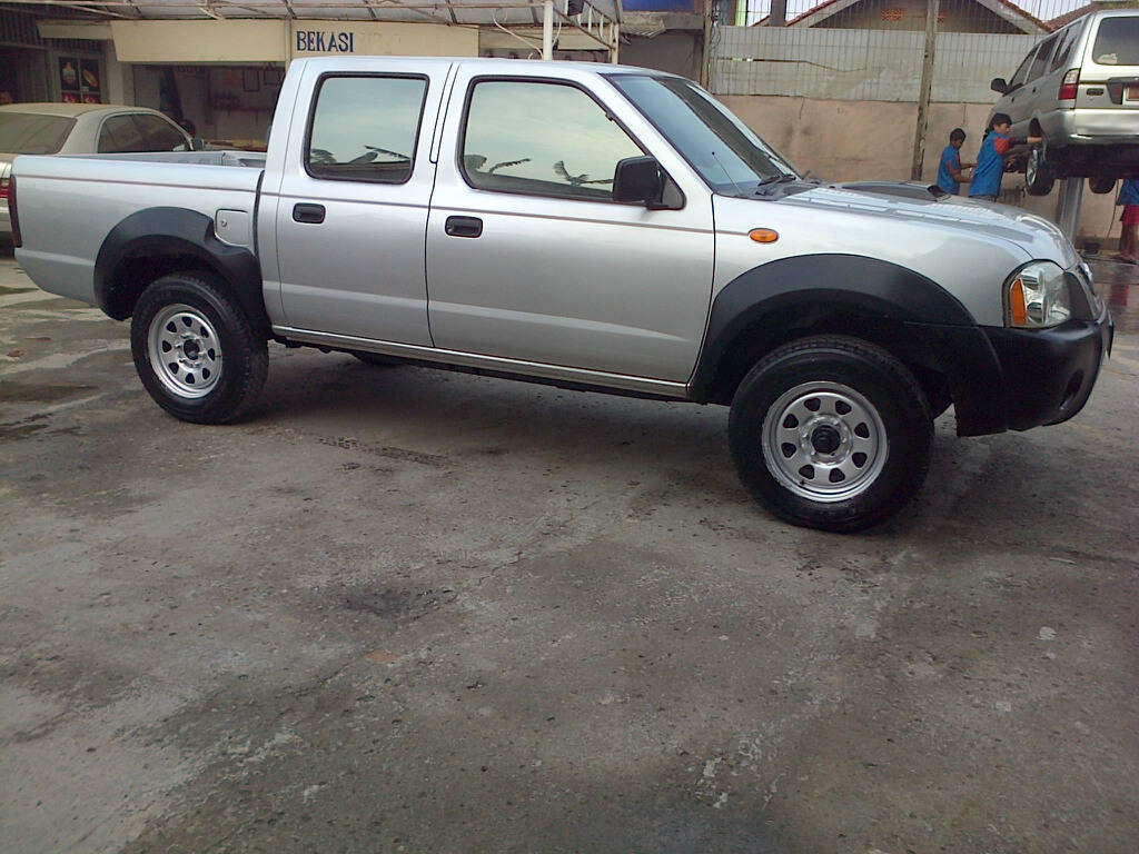 Nissan Frontier NP300 Double Cab 4x4 2010