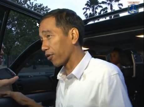 5 Tanda Jokowi Mulai Pusing