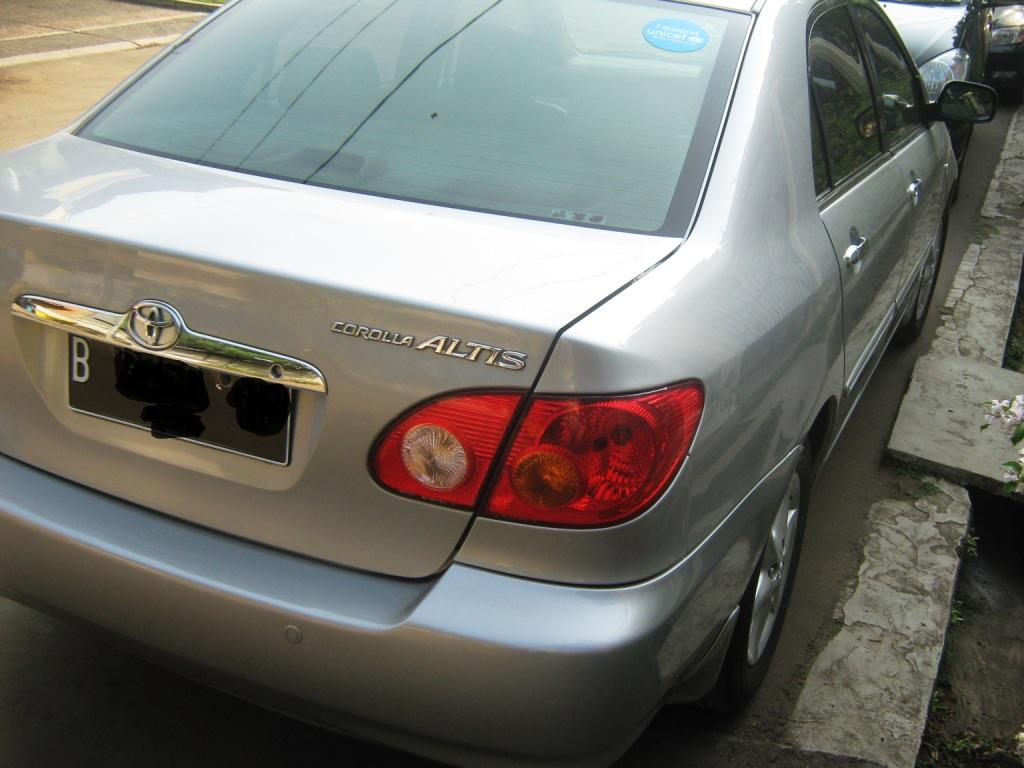 Toyota Altis G AT silver th 2001