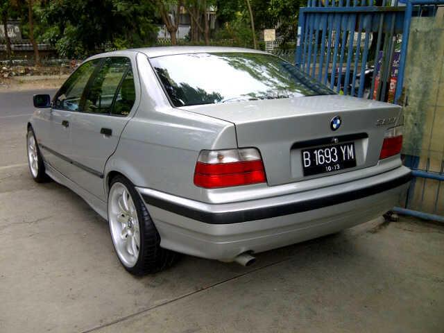 BMW 323i LTD thn 1998 (automatic)