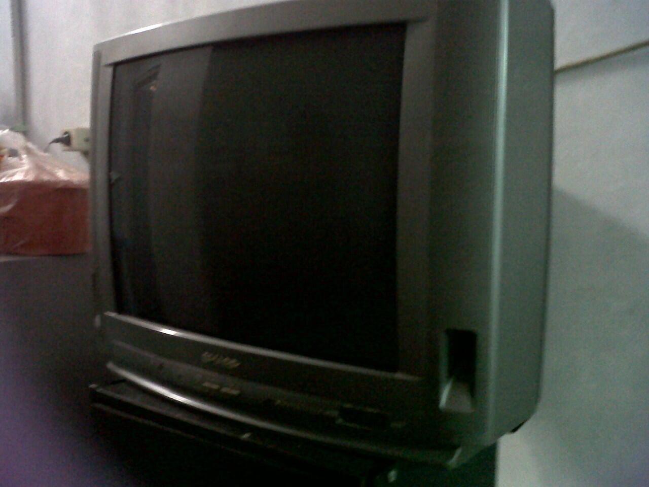 """JUAL TV SHARP 21"""""""