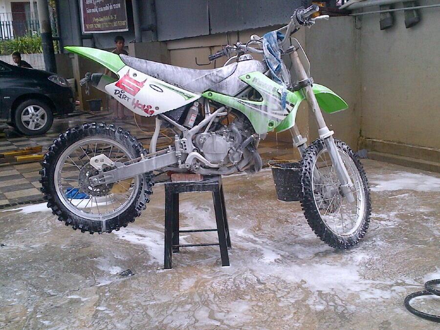 Kawasaki KX 100 ~ Abang nya KX 85