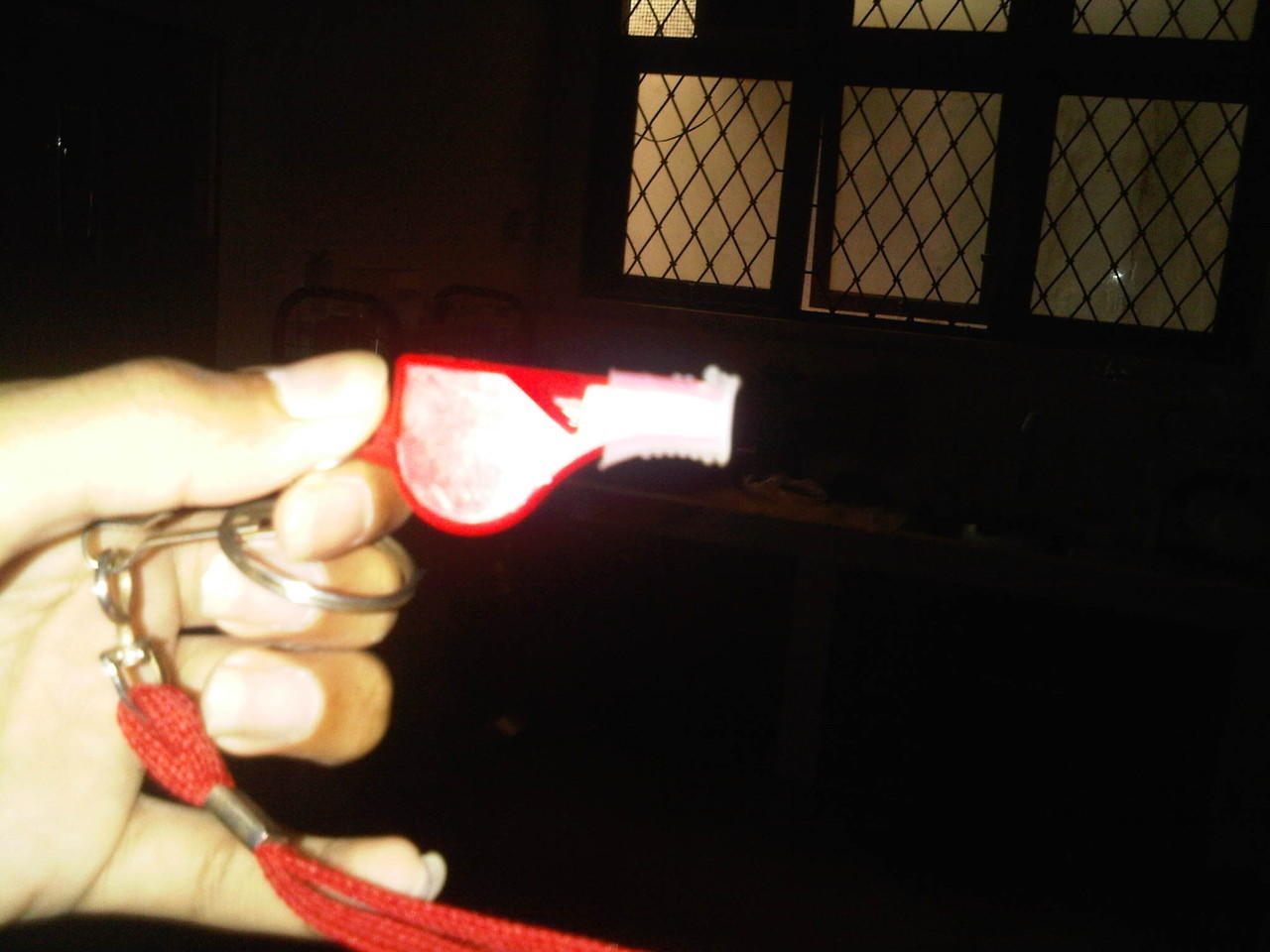 2nd falconry glove, perch, whistle(peluit) and equipment murah namun bukan murahan!!!