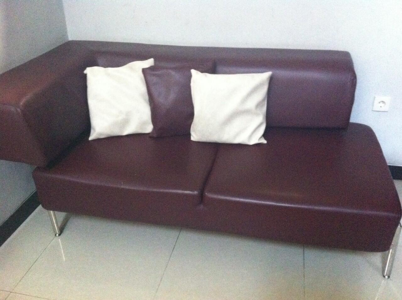 Sofa Besar Ruang TV