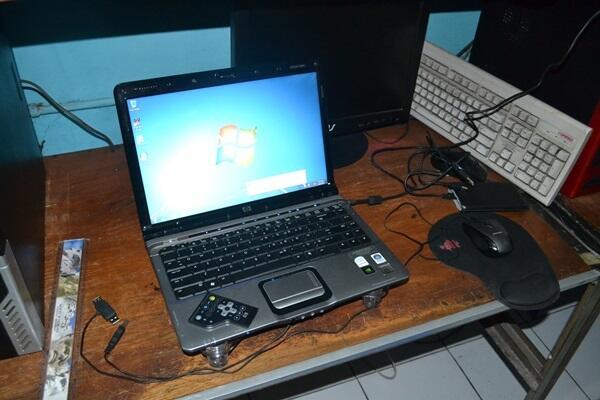 Compaq DV2500 C2D 1,5GHz 2Gb 120Gb Jogja-Yogya
