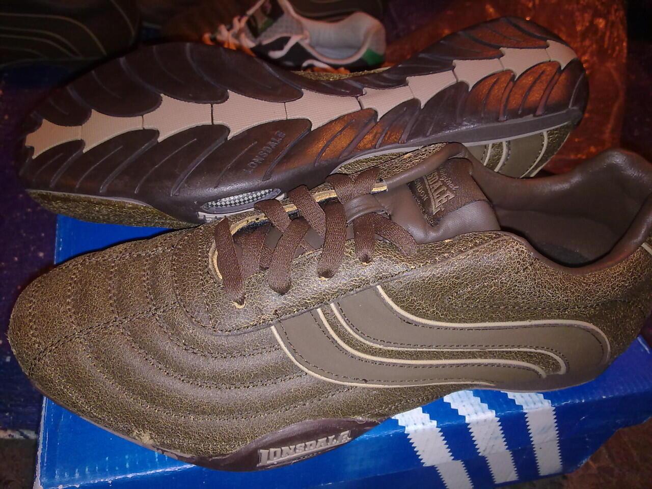 Sepatu Export ORI merk Lonsdale SIDOARJO