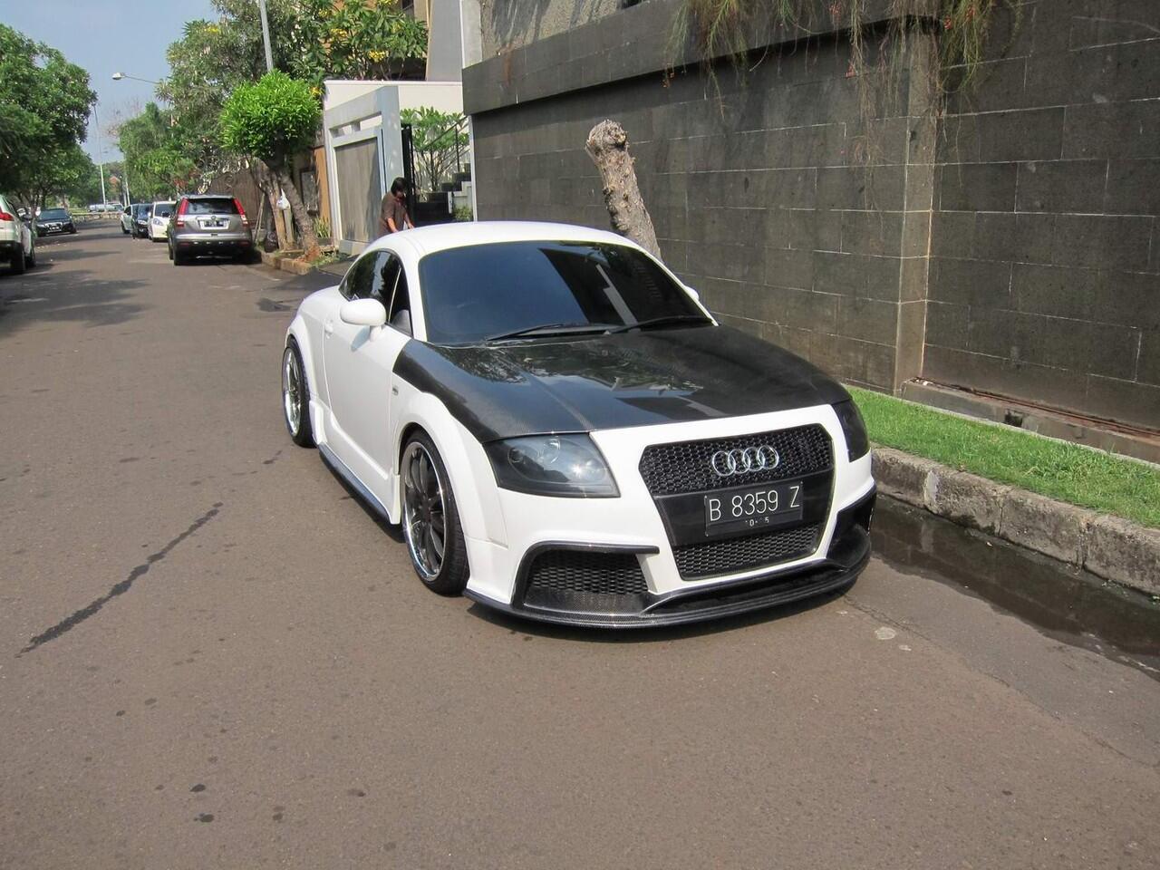 Terjual FS Audi TT Quattro Turbo Full Modifikasi Mewah Putih Bagus