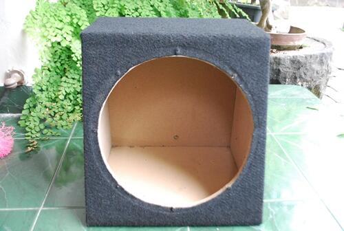 Jual Box Subwoofer Universal 12''