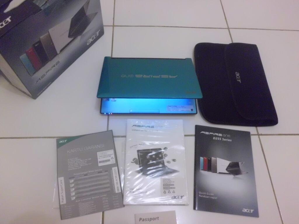 Netbook Acer Ao255 Dual Core batere 7 Jam Mulus Habis
