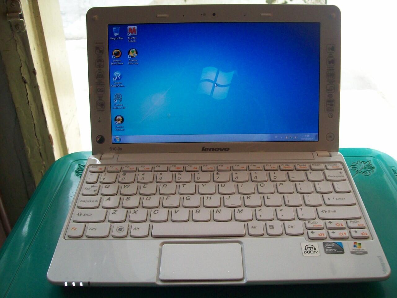 [Bandung] Netbook Lenovo S10-3S, Atom N550, 1GB, 250GB, Win7 Ori, Mulus