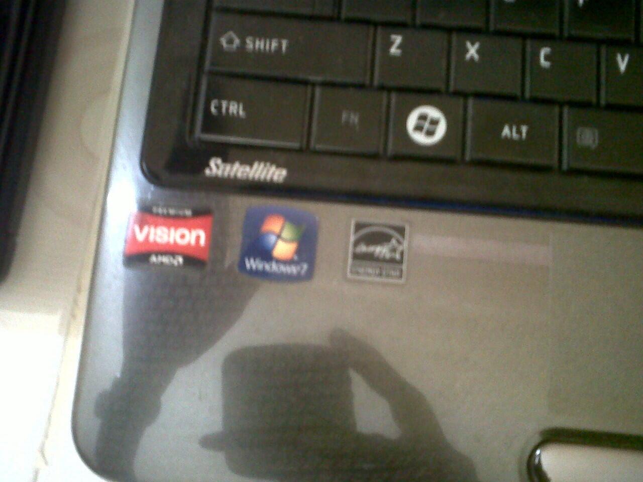 Notebook / laptop toshiba L645 gaming amd vga ati radeon ram 4gb murah 2jutaan