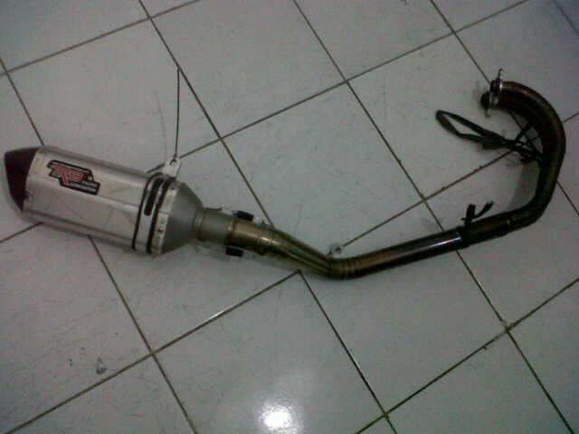 Knalpot R9 ss Carbon buat Kawasaki Ninja 250
