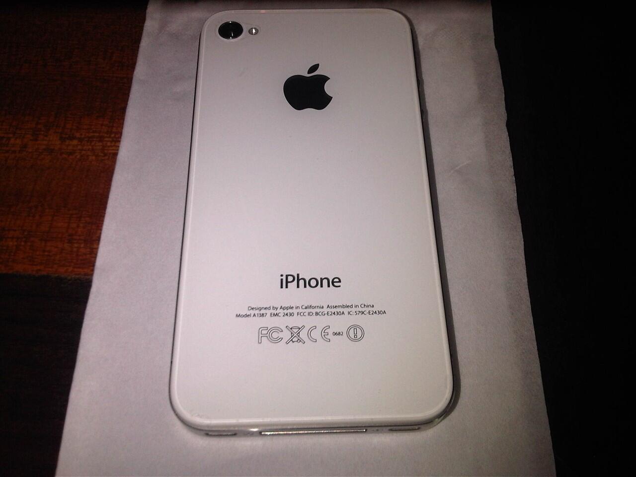 Wts: Iphone 4s 16Gb medan