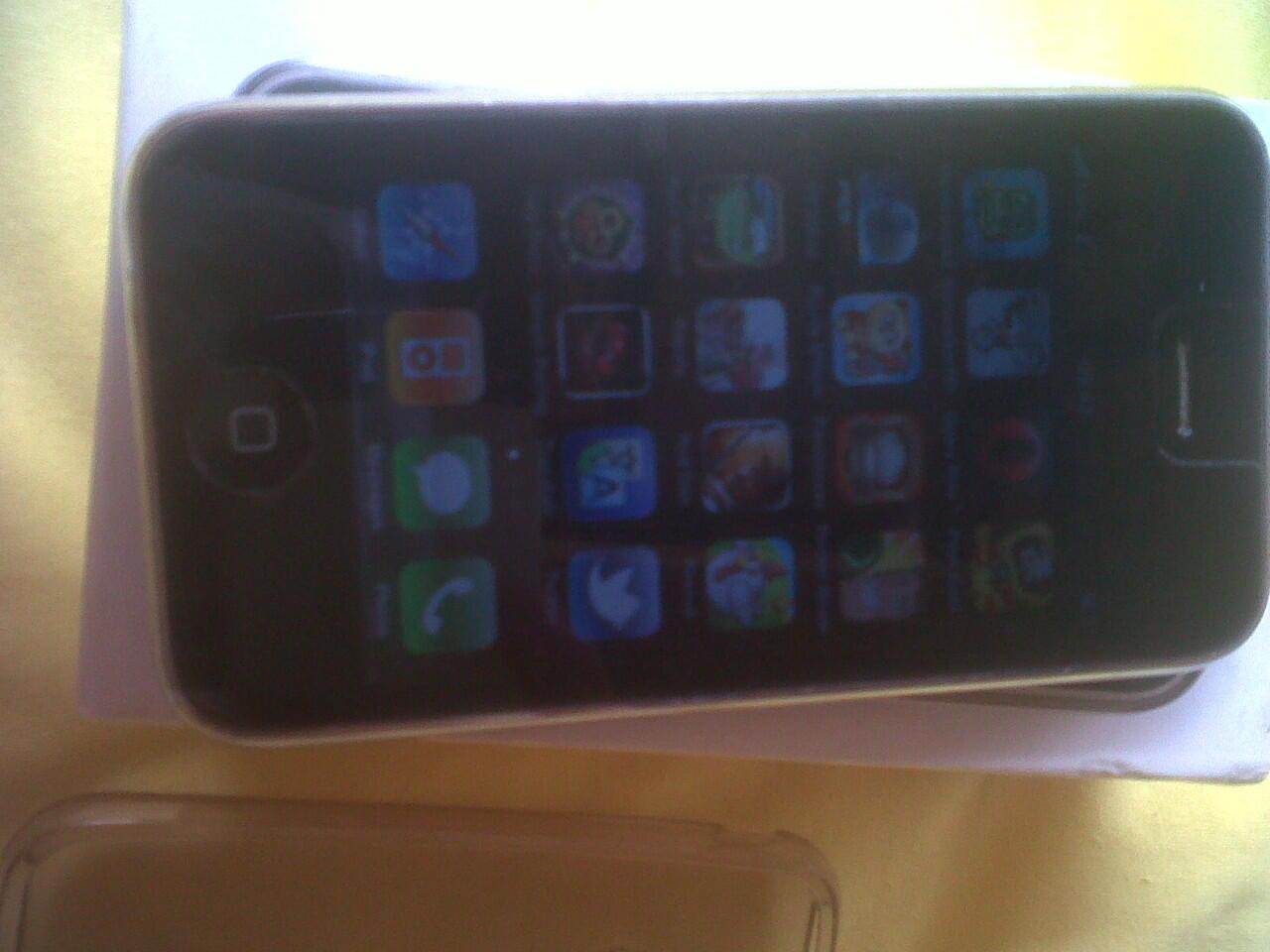 Jual iPhone 3g 16 giga kondisi fulset :)
